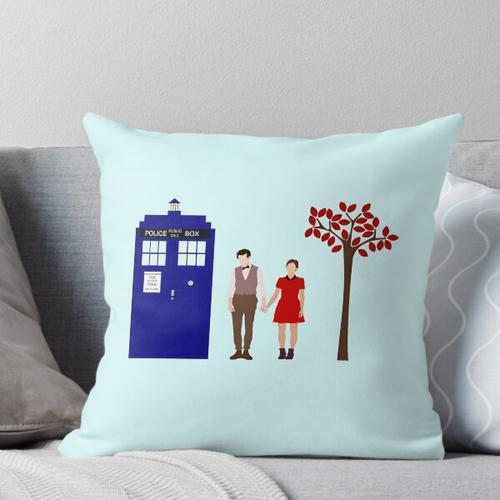 Clara und Elf Kissen