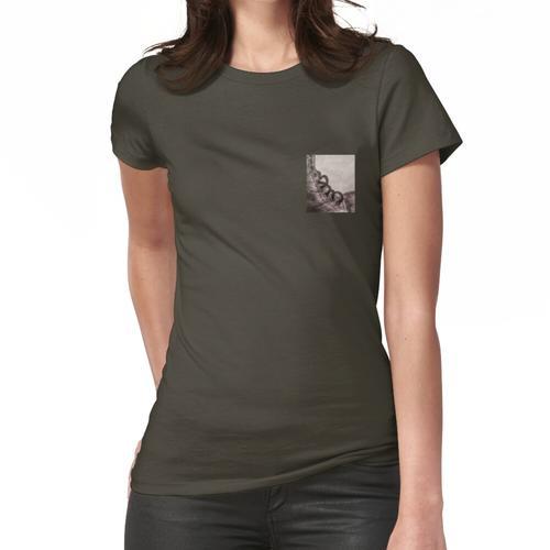 Stahlkappe # 1 Kleine Version. Frauen T-Shirt