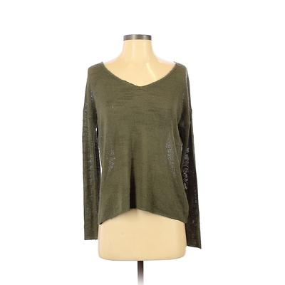 Forever 21 Long Sleeve Top Green V-Neck Tops - Used - Size Small