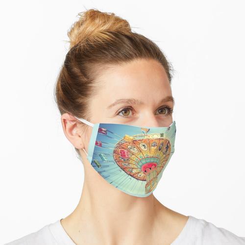 Schaukel, Schaukel beim Karneval Maske