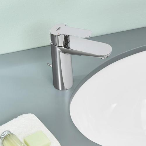 Grohe BauEdge Einhand-Waschtischbatterie, M-Size mit Ablaufgarnitur aus Kunststoff 23758000