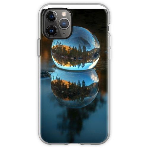 Lichtbrechung und Reflexion Treffen Castle Lake in einer Kristallku Flexible Hülle für iPhone 11 Pro