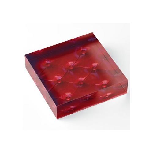 Rote Lederpolsterung Acrylblock