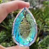 Prisme en cristal de couleur, at...