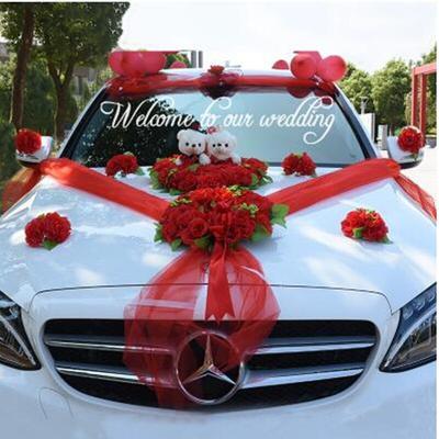 Décoration de voiture de mariage...
