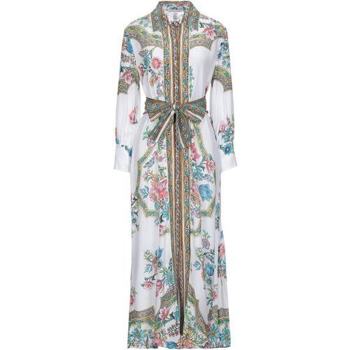 Raffaela D'angelo Langes Kleid