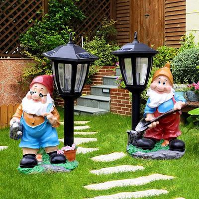 Lampes solaires à nains de jardi...