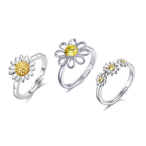 Philip Jones Ring: 3/ Zweifarbiges Gänseblümchen + Kristall-Gänseblümchen + Dreifaches Kristall-Gänseblümchen
